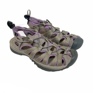Keen Washable closed toe hiking sandals size 9